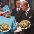 La reine Elizabeth II s'est rendue à l'abbaye de Westminster en compagnie de son époux le duc d'Edimbourg pour son 85e anniversaire, qui coïncidait en 2011 avec le jeudi saint.