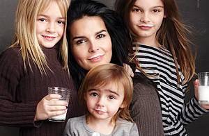 Angie Harmon et ses filles : mais quel est ce drôle de sourire ?