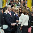 Kate Middleton a fait son arrivée au Goring Hotel dans la ferveur populaire, jeudi 28 avril 2011 au soir, pour sa dernière nuit avant le mariage.