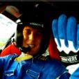 Vincent Cerutti embarque à bord d'une Ferrari avec le pilote automobile Anthony Beltoise, pour un sujet dans l'émission  Auto Moto  du dimanche 1er mai.