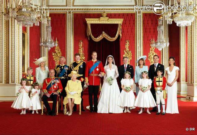 Mariage de Kate et William  Le détail adorable et insolite du cliché  officiel !