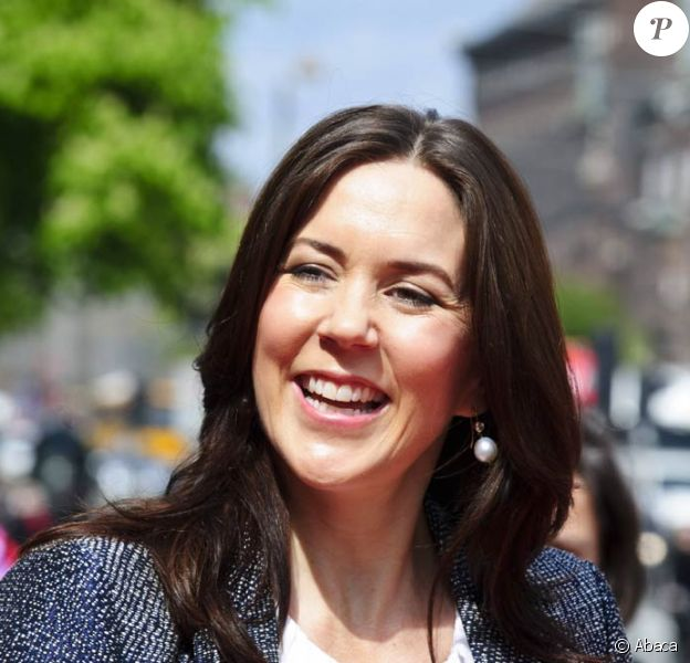 Mary de Danemark lors d'une campagne de sensibilisation à la lutte contre le cancer, à Copenhague, le 5 mai 2011.