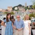 Léa Seydoux, Woody Allen et Rachel McAdams lors du photocall de Minuit à Paris le 11 mai 2011 au festival de Cannes