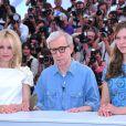 Rachel McAdams, Woody Allen et Léa Seydoux lors du photocall de Minuit à Paris le 11 mai 2011 au festival de Cannes