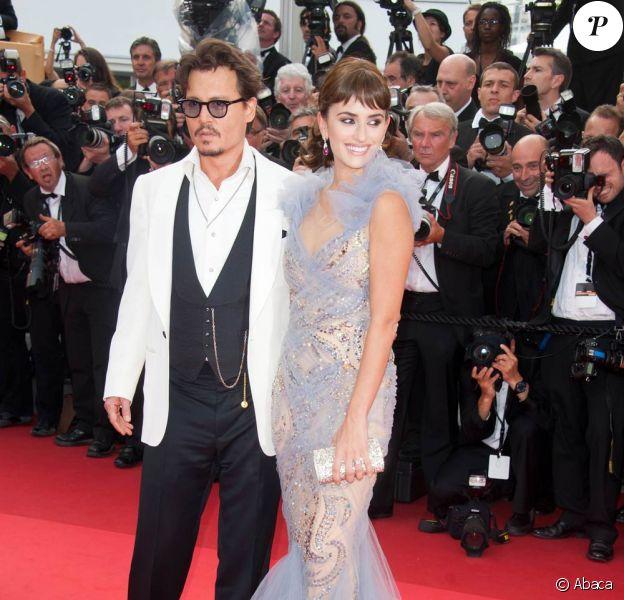 Johnny Depp et Penélope Cruz lors de la projection de Pirates des Caraïbes, La Fontaine de Jouvence, le samedi 14 mai 2011.