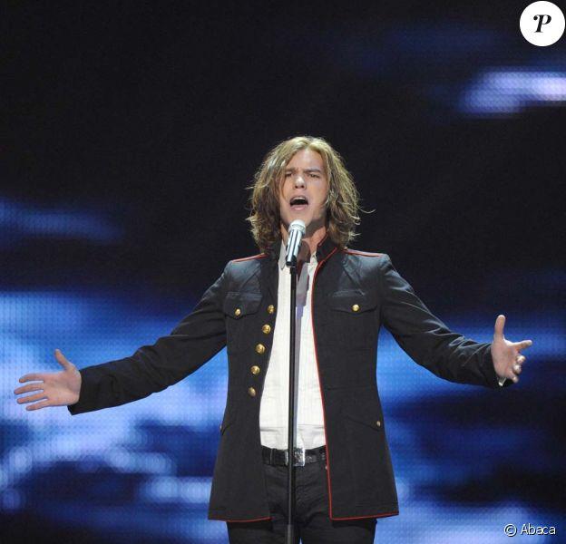 Amaury Vassili en pleine répétition de l'Eurovision, à Düsseldorf, le 13 mai 2011.