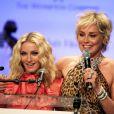 Madonna et Sharon Stone lors du gala de l'amfAR, en 2008.