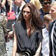 Victoria Beckham, flamboyante, lors de l'hommage sur le Walk of Fame à Hollywood de Simon Fuller le 23 mai 2011