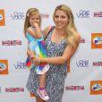 Busy Philipps et sa fille Birdie lors du 5e festival annuel Kidstock Music and Arts à Beverly Hills le 5 juin 2011