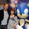 Stéphane Freiss et son fils Ruben lors des 20 ans de Sonic à Paris le 8 juin 2011