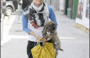 PHOTOS : Rachel Bilson se fait balader par ses chiens !