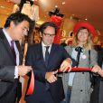 Frédéric Lefebvre a coupé le traditionnel cordon rouge pour  le lancement des soldes d'été aux Galeries Lafayette ! Paris, 22 juin 2011