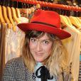 La charmante Daphné Bürki affiche son style avec un look preppy ! Paris, 22 juin 2011
