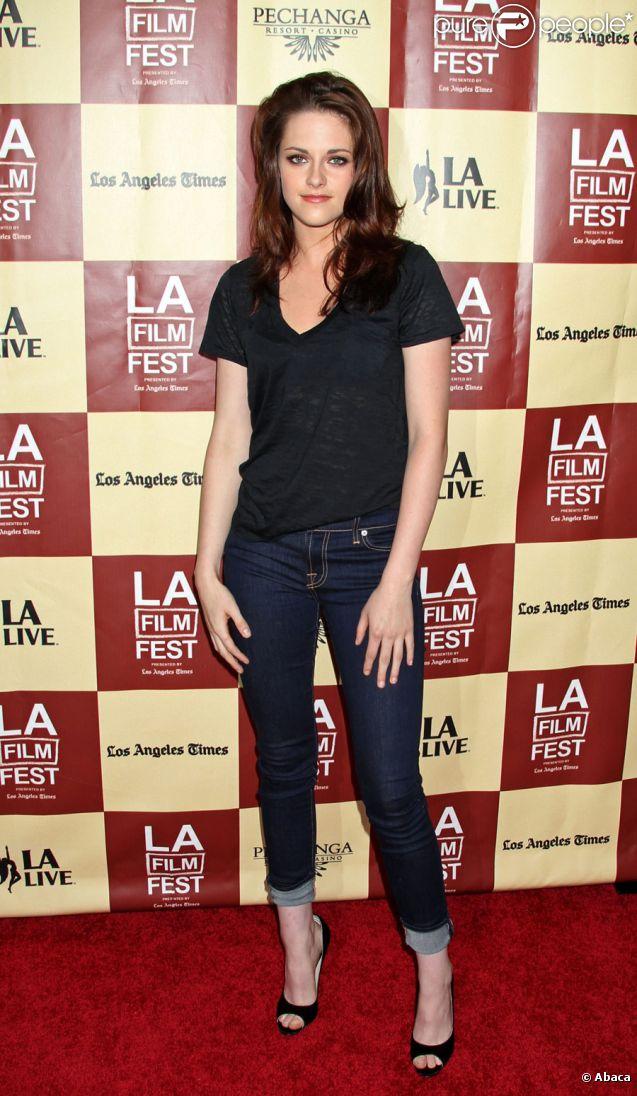Kristen Stewart lors de la présentation lors du festival de Los Angeles du film A Better Life le 21 juin 2011