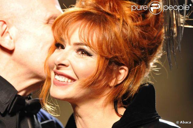 Mylène Farmer, mannequin surprise du défilé Jean-Paul Gaultier. Le 6 juillet 2011, à Paris