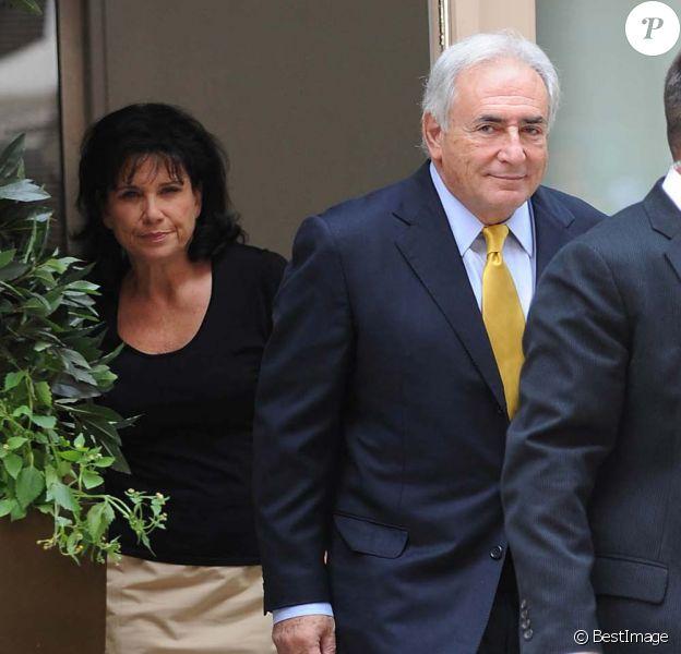 Dominique Strauss-Kahn et Anne Sinclair, à New York, le 6 juillet 2011.