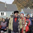 Bousculés par la météo, mais ravis !   La reine Margrethe II de Danemark et son mari le prince Henrik étaient en visite au Groenland début juillet 2011. Et même si leur périple a été un peu chamboulé par la météo, les royaux ont savouré le dépaysement.