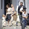 Angelina Jolie et sa belle famille au complet