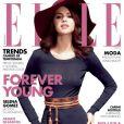 Selena Gomez, jusque là plus habituée aux magazines pour ados, change de registre pour la magazine  Elle Mexico . Août 2011.