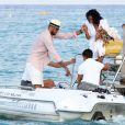 Tyson Chandler, champion NBA en titre avec les Dallas Mavericks, était le 26 juillet 2011 à Saint-Tropez avec sa femme Kimberly et des amis. Ils ont profité du fameux Club 55 et de la plage de Pampelonne.