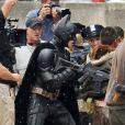 Christian Bale (Batman) et Tom Hardy (Bane) tournent une scène de combat pour Batman - The Dark Knight Rises à Pittsburgh le 31 juillet 2011