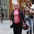 Pink profite d'une virée en moto avec l'amour de sa vie, Carey Hart. Malibu, 31 juillet 2011