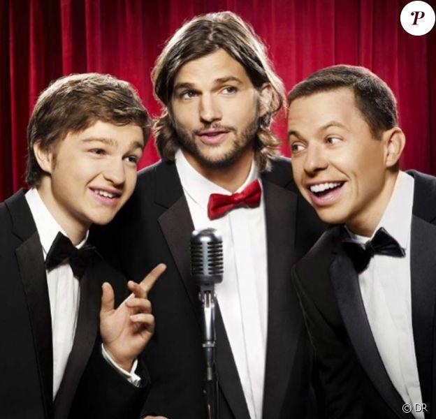 Affiche promotionnelle pour la nouvelle version de Two and a half men (Mon oncle Charlie), avec Ashton Kutcher et toujours Angus T. Jones et Jon Cryer. Le premier épisode de la saison 9 sera diffusé le 19 septembre sur CBS.