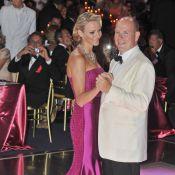 Albert de Monaco et sa sirène Charlene : Amoureux dansants pour la Croix-Rouge