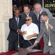Danny DeVito reçoit son étoile sur le Walk of Fame à Hollywood le 18 août 2011