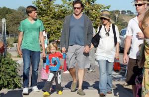 Tori Spelling, très enceinte, confie ses amours Liam et Stella à leur demi-frère
