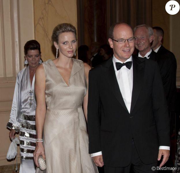 Albert de Monaco et sa Charlene lors de la présentation de la collection Montblanc dédiée à la princesse Grace. Le jeudi 8 septembre 2011, à l'Opéra