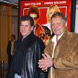 Paul Michael Glaser et David Soul, alias Starsky et Hutch posent à Los Angeles en février 2004 lors de l'avant-première du film inspiré de la série télévisée