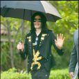 """Michael Jackson, en mai 2009 à Beverly Hills."""