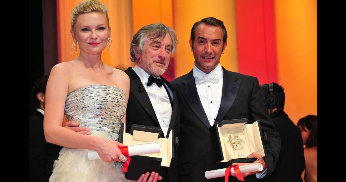 Jean dujardin et kirsten dunst cannes le 22 mai 2011 for Dujardin qui imite de niro