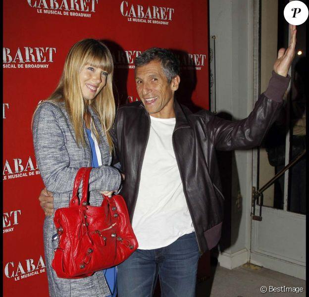 Nagui et sa femme Mélanie Page à la première de Cabaret au Théâtre de Marigny à Paris, le 6 octobre 2011.