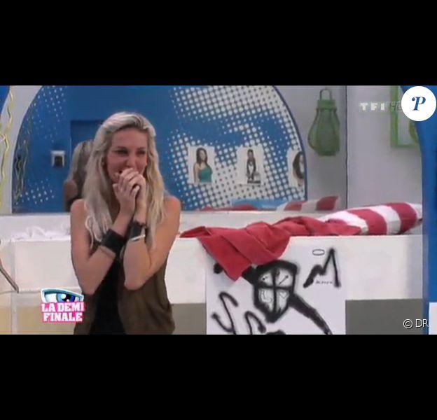 Marie pleure dans Secret Story 5, vendredi 7 octobre 2011 sur TF1