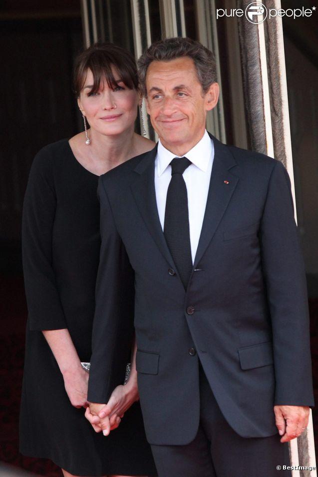 Carla Bruni et Nicolas Sarkozy. Le Président déjà papa de trois fils le sera à nouveau dans quelques jours. Il aura donc son 4e enfant à 56 ans