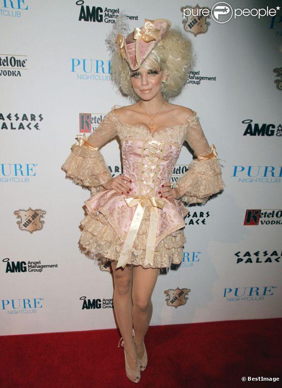 AnnaLynne McCord anime la soirée A Night Of Haunted Seduction au Pure Nightclub. Las Vegas, le 28 octobre 2011.