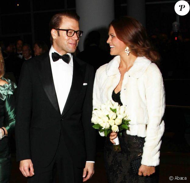 Le prince Daniel, qui retrouvait sa belle-soeur la princesse Madeleine au dîner de la chambre de commerce américano-suédoise le 1er novembre, a achevé sa visite officielle à New York les 1er et 2 novembre 2011.