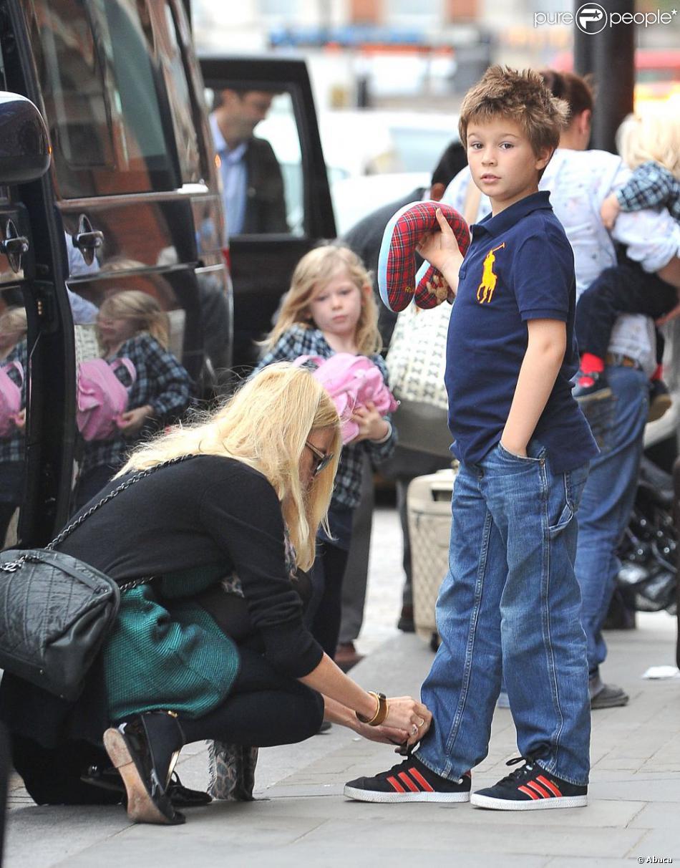 Клаудия шиффер с детьми фото
