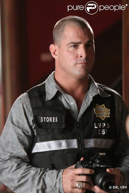 George Eads alias Nick Stokes dans les Experts Las Vegas