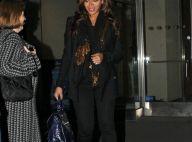 Beyoncé : Heureuse, elle ne cache plus son ventre... toujours sur talons
