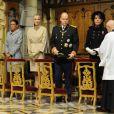 Stéphanie, Charlene, Albert et Caroline lors de la messe donnée en Notre-Dame-Immaculée pour la fête nationale à Monaco. Il s'agit de la première pour Charlene en tant que princesse. Le 19 novembre 2011