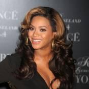 Beyoncé : son ventre rond est revenu, la chanteuse sème le trouble