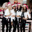 Lindsay Ellingson, Chanel Iman, Adriana Lima et Alessandra Ambrosio dévoilent leur cadeau préféré dans la boutique Victoria's Secret d'Herald Square à New York le 21 novembre 2011