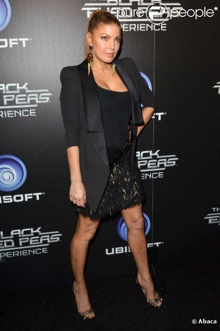 Fergie assiste à la soirée de lancement du jeu vidéo The Black Eyed Peas Experience à Los Angeles, le lundi 21 novembre 2011.
