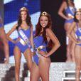 Delphine Wespiser : quand notre Miss France 2012 se prend pour Wonder woman, nous sommes sous le charme