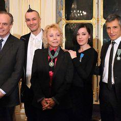 Nagui, Arturo Brachetti, Isabelle Aubret et Tina Arena décorés par Frédéric Mitterrand au ministère