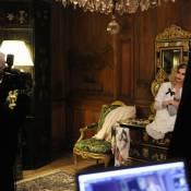 Alice Dellal prend des airs de Boy pour Chanel