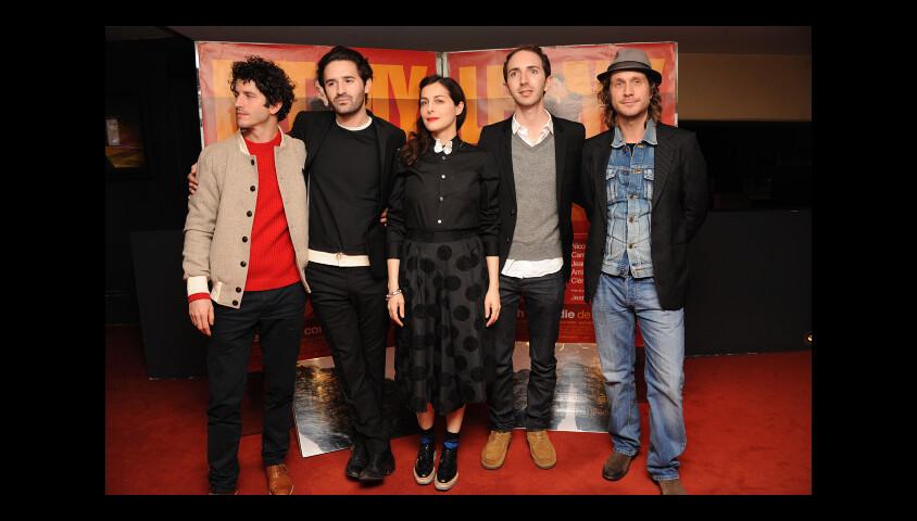 Clément Sibony, Nicolas Maury, Amira Casar, director Mikael Buch et Charlie Dupont lors de l'avant-première du film Let My People Go ! à Paris le 22 décembre 2011